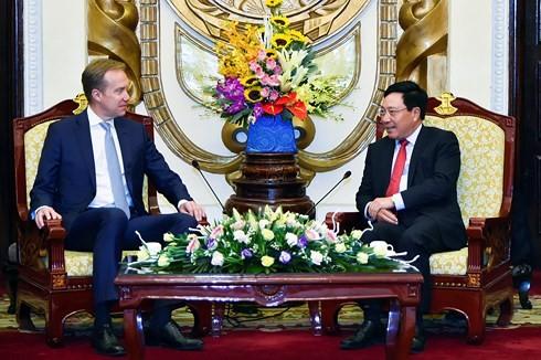 Vietnam busca apoyo del FEM para aprovechar oportunidades de la cuarta Revolución Industrial - ảnh 1