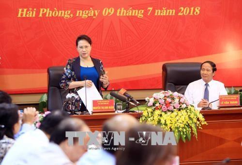 Líder parlamentaria vietnamita se reúne con autoridades de Hai Phong - ảnh 1