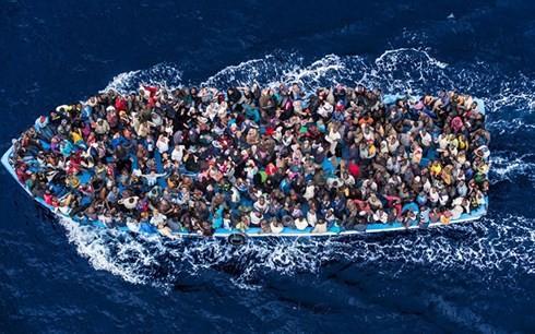 Otros dos países europeos acuerdan recibir migrantes de los barcos de rescate - ảnh 1