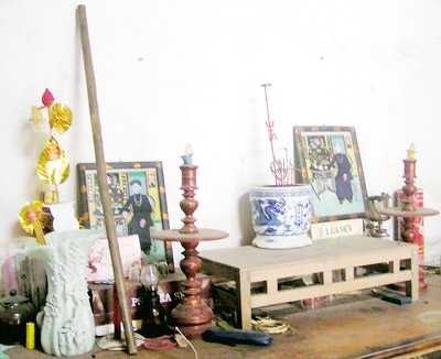 El veterano de guerra Phung Van Quan preserva el legendario bastón de bambú de Truong Son - ảnh 2