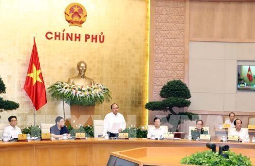 Premier vietnamita preside reunión gubernamental sobre la elaboración de leyes  - ảnh 1