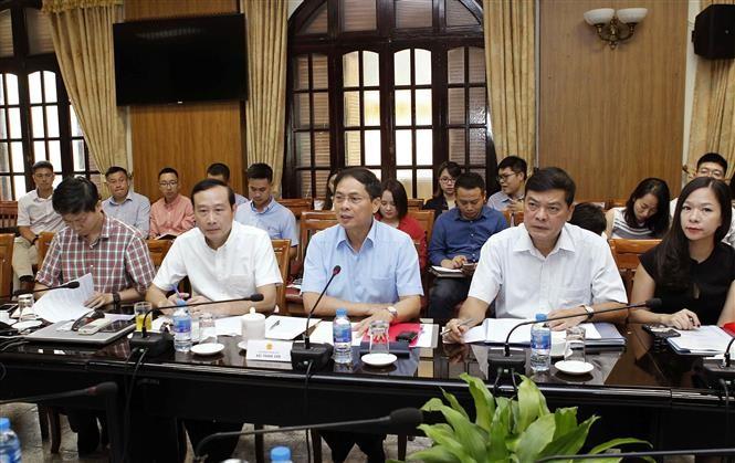 Sesiona V reunión del Comité Organizador de la Conferencia del Foro Económico Mundial sobre la Asean  - ảnh 1