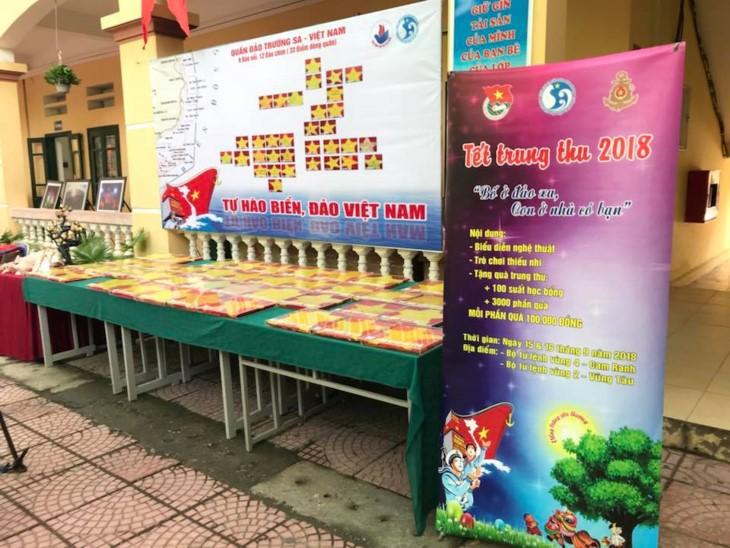 Mil mensajes de amor de alumnos capitalinos hacia Truong Sa  - ảnh 1
