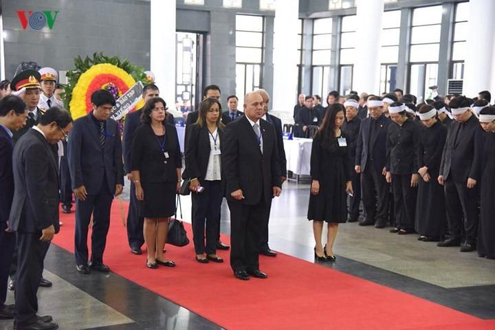 Comienzan actos fúnebres en homenaje al presidente vietnamita Tran Dai Quang - ảnh 2