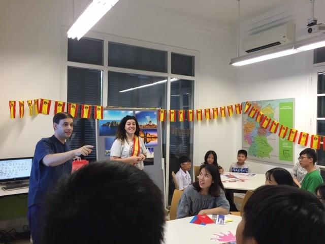 Día Europeo de las Lenguas, una oportunidad de experimentar el ambiente multilingüe  - ảnh 2