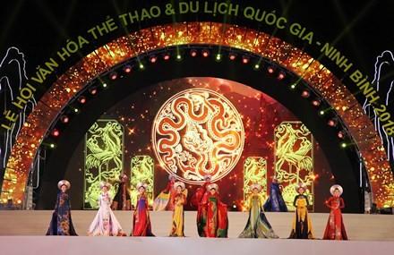 Inauguran Festival Nacional de Cultura, Deportes y Turismo Ninh Binh 2018 - ảnh 1
