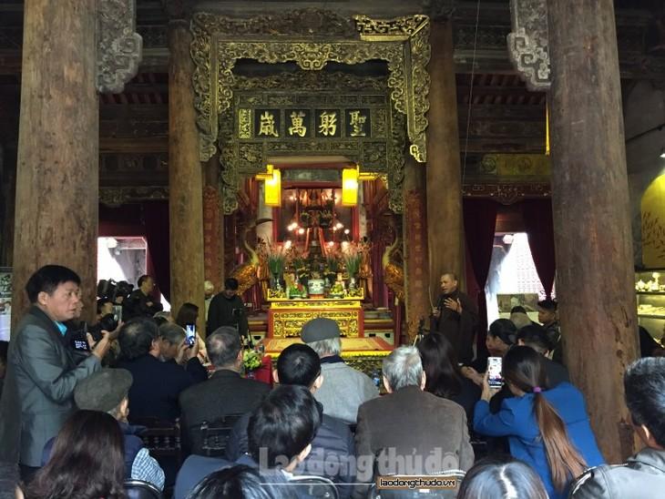 Seminario sobre la costumbre vietnamita de adorar a fundadores de profesiones - ảnh 1
