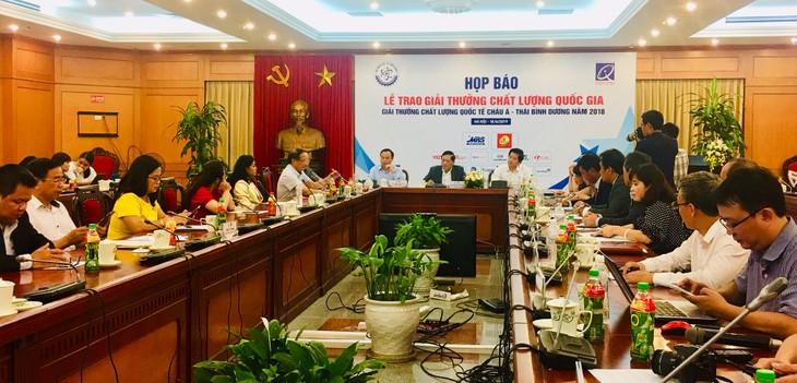 Entregan a 75 empresas vietnamitas Premio Nacional de Calidad  - ảnh 1
