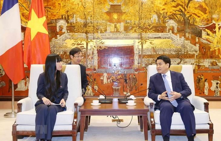 Hanói aspira a afianzar cooperación con Francia en desarrollo urbano e infraestructura de transporte  - ảnh 1