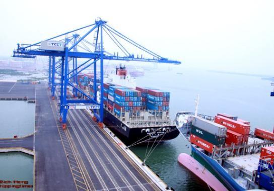 Registra Vietnam superávit comercial en la primera mitad del 2019 - ảnh 1