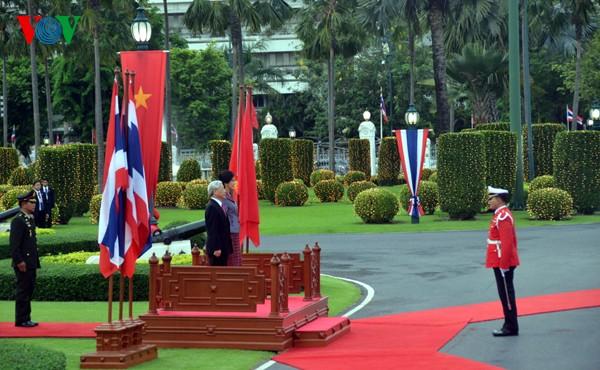 ภารกิจของท่าน เหงวียนฟู้จ๋อง เลขาธิการใหญ่พรรคคอมมิวนิสต์เวียดนามในประเทศไทย - ảnh 4