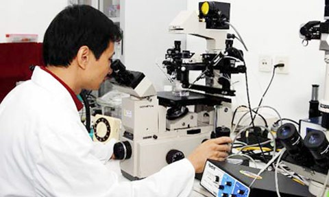 เพิ่มนโยบายให้ความสนใจเป็นอันดับต้นๆต่อการประดิษฐ์คิดค้นทางวิทยาศาสตร์ - ảnh 2