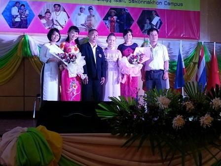 มหาวิทยาลัยเทกโนโลยีราชมงคลอีสานจัดการพบปะสังสรรค์วัฒนธรรมกับมหาวิทยาลัยจากเวียดนาม ลาว กัมพูชา พม่า - ảnh 1
