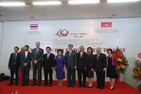 เปิดงานวันวัฒนธรรมไทยในเวียดนาม - ảnh 2