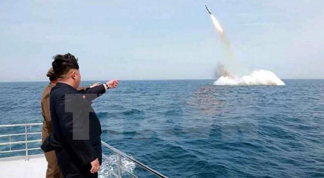 ความเสี่ยงที่สถานการณ์บนคาบสมุทรเกาหลีจะทวีความตึงเครียดมากขึ้น - ảnh 2
