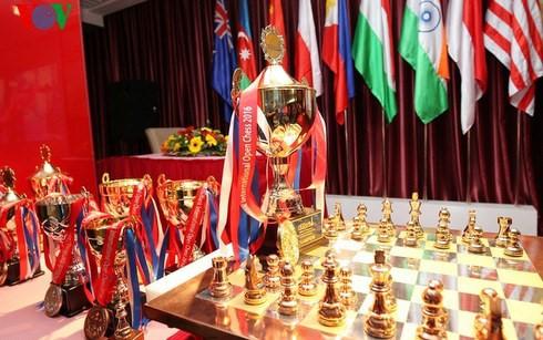 เวียดนามคว้า 13 เหรียญรางวัลในการแข่งขันหมากรุกสากลชิงแชมป์เยาวชนเอเชีย 2017 - ảnh 1