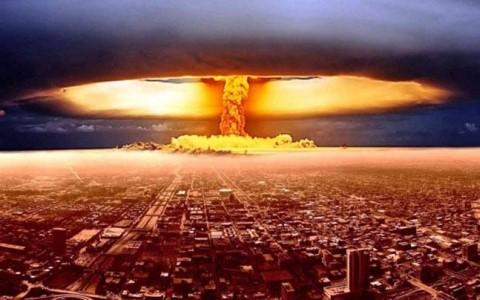 สหประชาชาติอนุมัติสนธิสัญญาห้ามครอบครองอาวุธนิวเคลียร์ในโลก - ảnh 1
