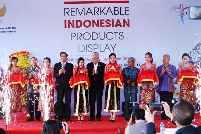 งานแสดงสินค้าอินโดนีเซีย2017: พยายามนำมูลค่าการค้าต่างตอบแทนขึ้นเป็น 1 หมื่นล้านดอลลาร์สหรัฐ - ảnh 1