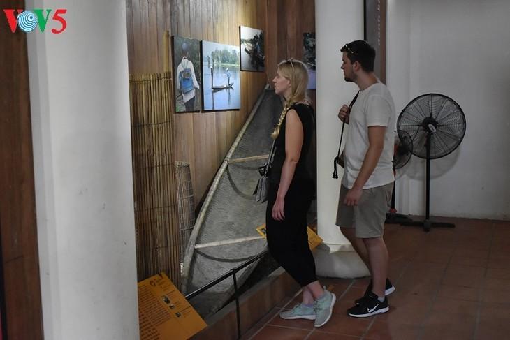 ชนบทเว้ในห้องจัดแสดงอุปกรณ์การเกษตร แทงตว่าน - ảnh 2