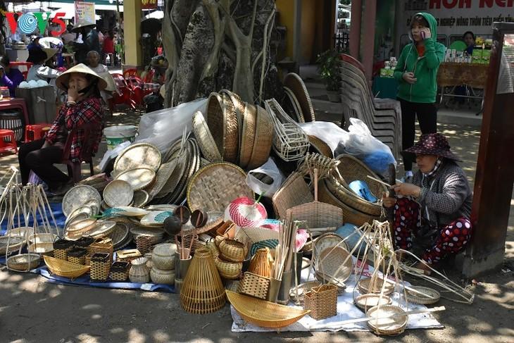 ตลาดชนบท-ผลิตภัณฑ์การท่องเที่ยวชุมชนในจังหวัดเถื่อเทียนเว้ - ảnh 2