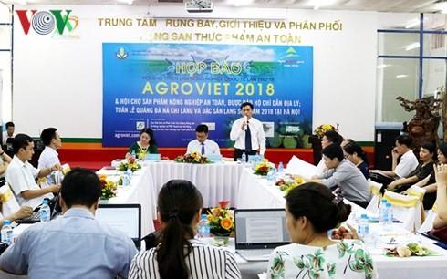 สถานประกอบการ 180 แห่งเข้าร่วมงานแสดงสินค้าการเกษตรระหว่างประเทศหรือ AgroViet 2018 - ảnh 1