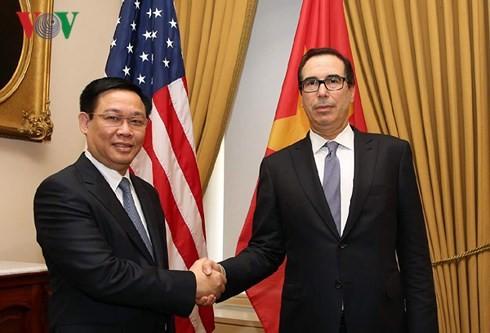 สหรัฐสนับสนุนเวียดนามที่มีเอกราชและเจริญรุ่งเรือง - ảnh 2