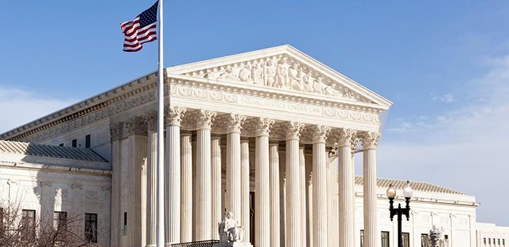 ศาลสูงสหรัฐสนับสนุนคำสั่งห้ามพลเมือง 6 ประเทศอิสลามเข้าสหรัฐ - ảnh 1