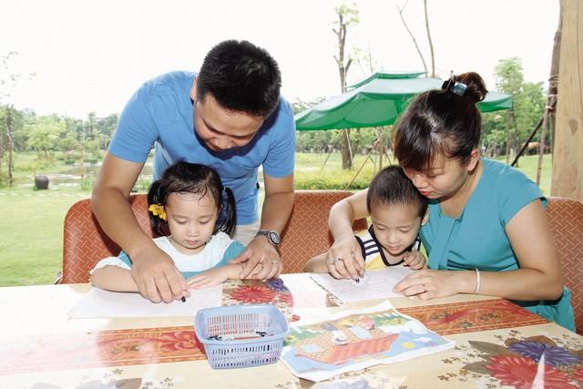 วันประชากรโลก 2018 ให้ความสำคัญต่อบทบาทของการวางแผนครอบครัว - ảnh 1