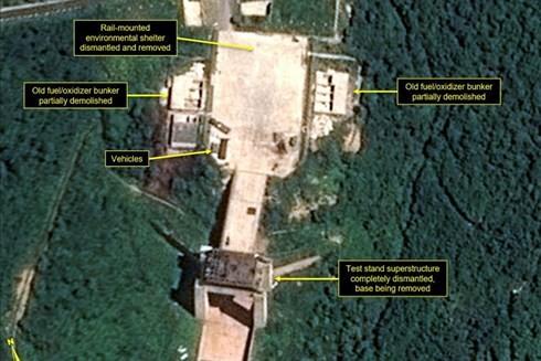 สาธารณรัฐประชาธิปไตยประชาชนเกาหลีรื้อถอนฐานยิงขีปนาวุธโซแฮ - ảnh 1
