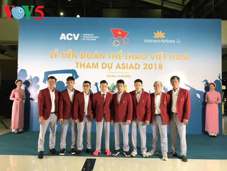 พิธีส่งคณะนักพีฬาเวียดนามเข้าร่วมการแข่งขันเอเชียนเกมส์ 2018 - ảnh 1
