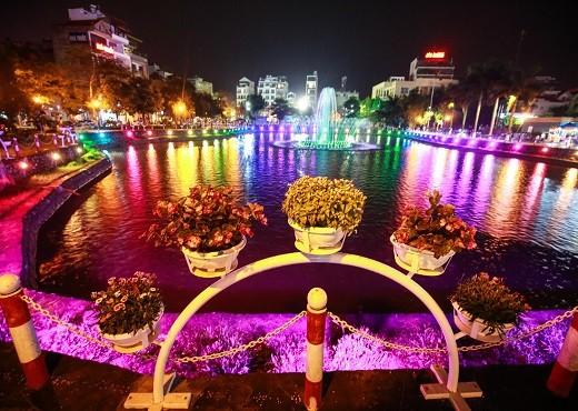 ถนนคนเดิน จิ่งกงเซิน ศูนย์วัฒนธรรมที่ดึงดูดนักท่องเที่ยวในกรุงฮานอย - ảnh 2