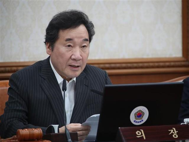 นายกรัฐมนตรีสาธารณรัฐเกาหลีเดินทางมาเวียดนามเพื่อเข้าร่วมพิธีศพประธานประเทศ เจิ่นด่ายกวาง - ảnh 1