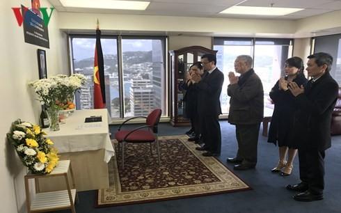 พิธีเคารพศพประธานประเทศ เจิ่นด่ายกวาง - ảnh 35