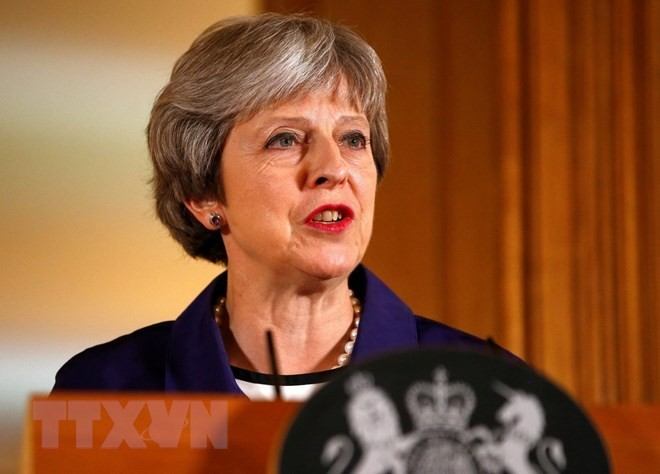 นายกรัฐมนตรีอังกฤษไม่ยอมรับข้อตกลงที่เลวร้าย - ảnh 1