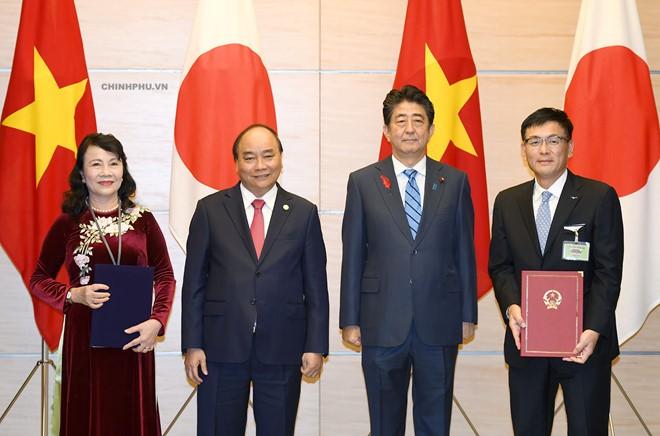 เวียดนามและญี่ปุ่นผลักดันความสัมพันธ์หุ้นส่วนยุทธศาสตร์ที่กว้างลึก - ảnh 2