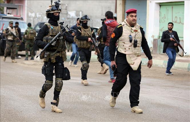 อิรักเปิดยุทธนาการครั้งใหญ่ต่อต้านกลุ่มไอเอสในเขตตะวันตก - ảnh 1