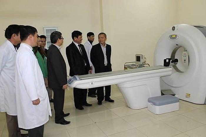 พัฒนาโรงพยาบาลในสังกัดเพื่อเพิ่มโอกาสเข้าถึงการตรวจรักษาโรคให้แก่ประชาชนตั้งแต่ระดับท้องถิ่น - ảnh 2