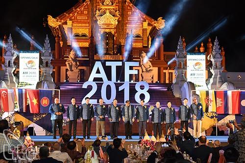 ฟอรั่มการท่องเที่ยวอาเซียน 2019 เปิดโอกาสใหม่ให้แก่ความร่วมมือพัฒนาการท่องเที่ยว - ảnh 1