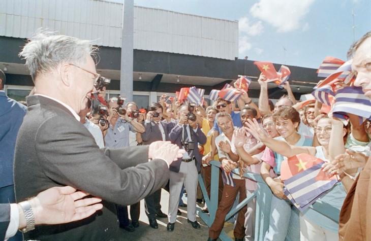 ช่วงเวลาที่น่าจดจำเกี่ยวกับอดีตประธานประเทศ เลดึ๊กแองห์ - ảnh 10