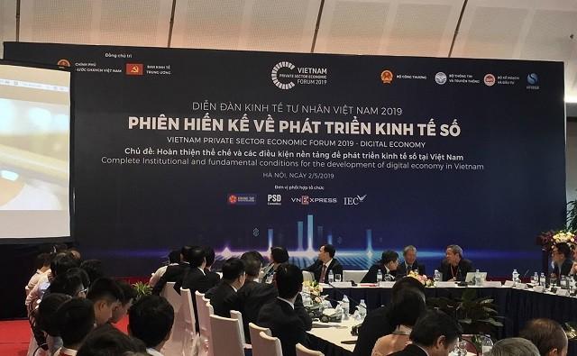 กิจกรรมต่างๆในกรอบฟอรั่มเศรษฐกิจภาคเอกชนเวียดนาม 2019 - ảnh 1