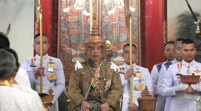 พระราชพิธีบรมราชาภิเษก พระบาทสมเด็จพระเจ้าอยู่หัว รัชกาลที่ 10 - ảnh 1