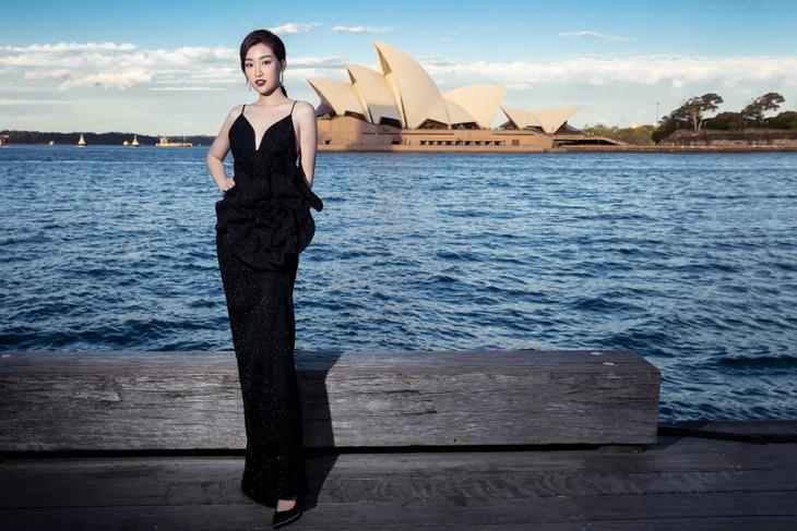 H'Hen Niê nổi bật trong show diễn của NTK Đỗ Mạnh Cường ở Sydney - ảnh 16