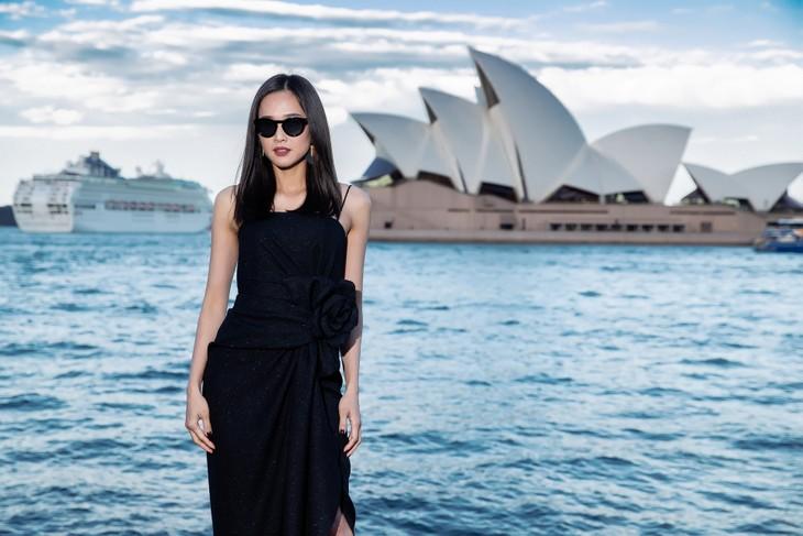 H'Hen Niê nổi bật trong show diễn của NTK Đỗ Mạnh Cường ở Sydney - ảnh 14