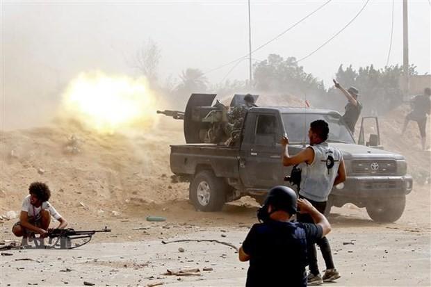 สหประชาชาติขยายระยะเวลาคว่ำบาตรด้านอาวุธต่อลิเบีย - ảnh 1