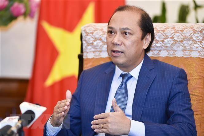 รัฐมนตรีช่วยว่าการกระทรวงการต่างประเทศ เหงียนก๊วกหยุง ให้สัมภาษณ์สื่อเกี่ยวกับผลการประชุมผู้นำอาเซียนครั้งที่ 34 - ảnh 1