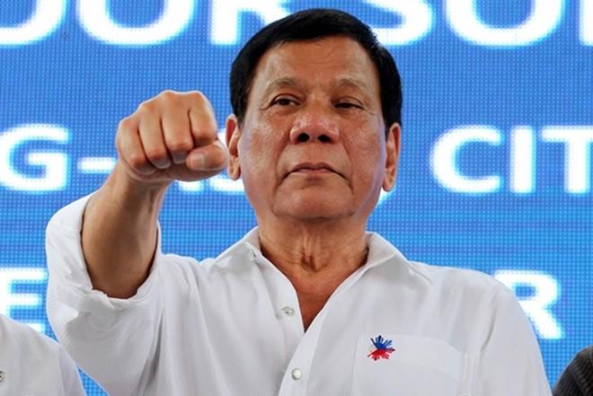 ประธานาธิบดีฟิลิปปินส์เรียกร้องให้ดำเนินยุทธนาการกวาดล้างยาเสพติดและการทุจริตคอรัปชั่น - ảnh 1