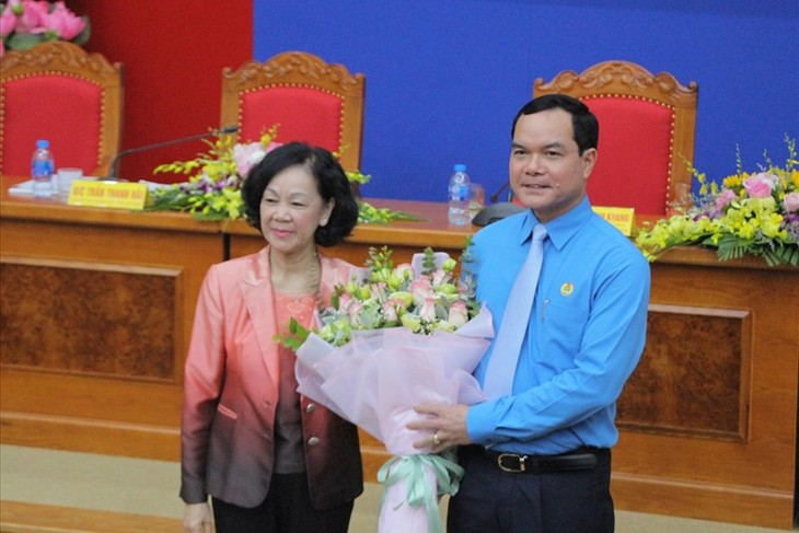 เลือกคณะกรรมการบริหารและคณะประธานของสหภาพแรงงานเวียดนามวาระปี 2018-2023 - ảnh 1