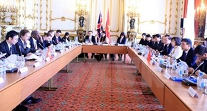 Vietnam, UK boost economic, trade links - ảnh 1