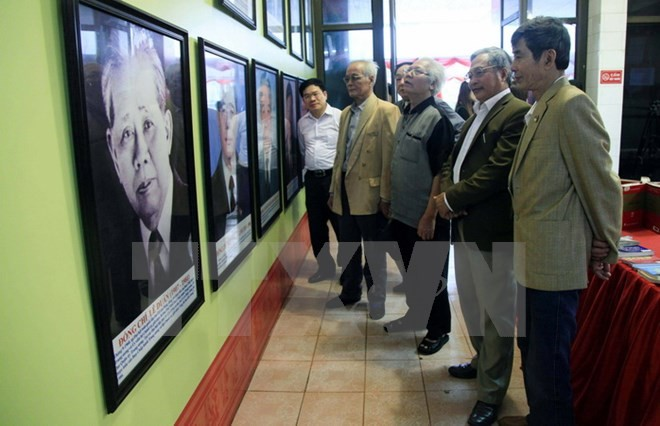 Exhibit highlights development of Vietnam's Party, National Assembly - ảnh 1
