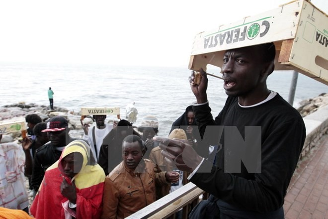 Italy, France call for standardised EU rules on granting asylum - ảnh 1